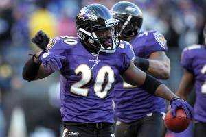 Baltimore Ravens safety Ed Reed (20) has signed with Athletes First after going a while without representation.