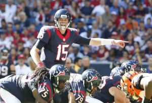 Houston Texans quarterback Ryan Mallett (15) signals at the line of scrimmage against the Cincinnati Bengals at NRG Stadium. Mandatory Credit: Matthew Emmons-USA TODAY Sports
