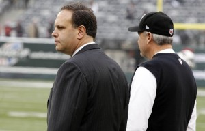 Mike Tannenbaum (left). Photo by William Perlman/THE STAR-LEDGER via USA TODAY Sports.
