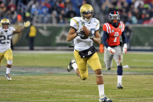 Georgia Tech WR Darren Waller makes a reception during the 2013 Music City Bowl. Via CBS Sports