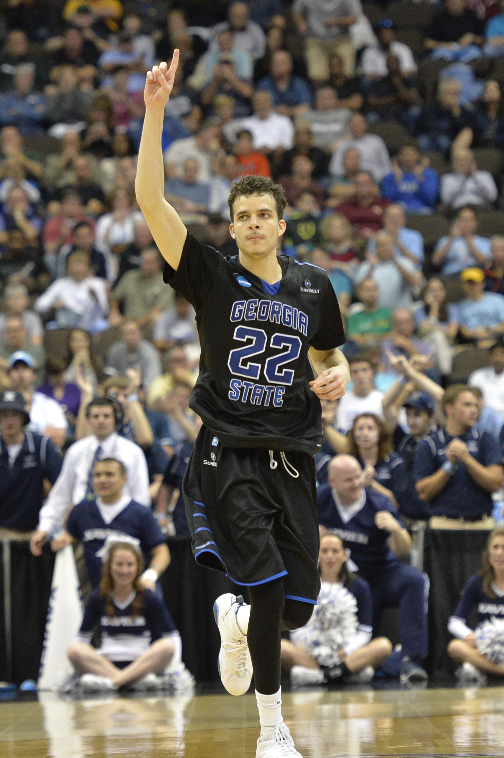 The Legacy Agency Signs Georgia State Star R.J. Hunter