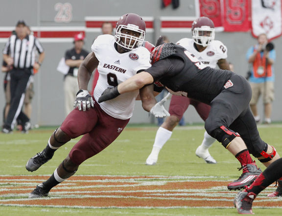 EKU DE Noah Spence Signs With Relativity Sports