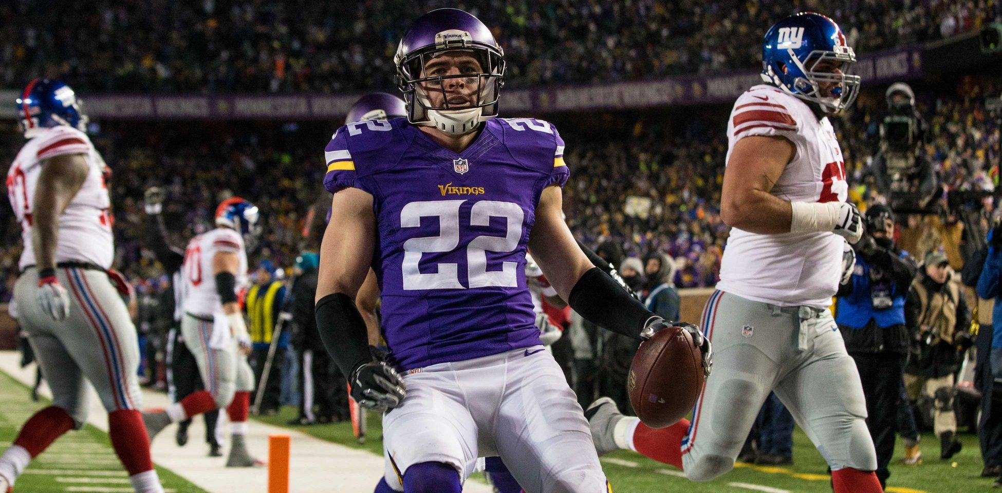Brian Murphy Supplies Details Surrounding Harrison Smith Negotiation