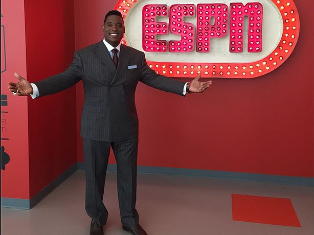 ESPN Broadcaster Damien Woody Signs With Octagon