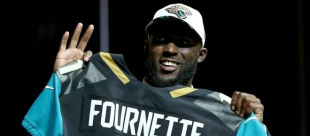 Leonard Fournette Launches New Website By Penning Letter to Jaguars Fans